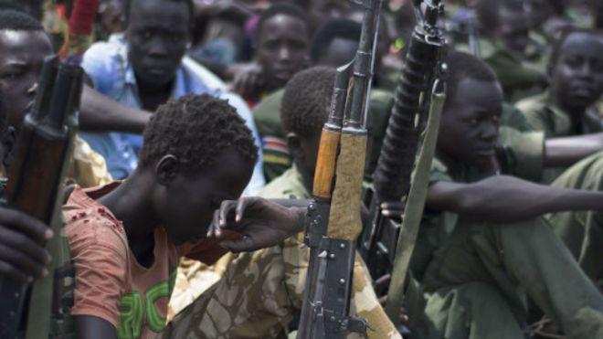 Selon l'Unicef, environ 12 mille enfants participent aux combats entre l'armée et la rébellion, au Soudan du Sud.
