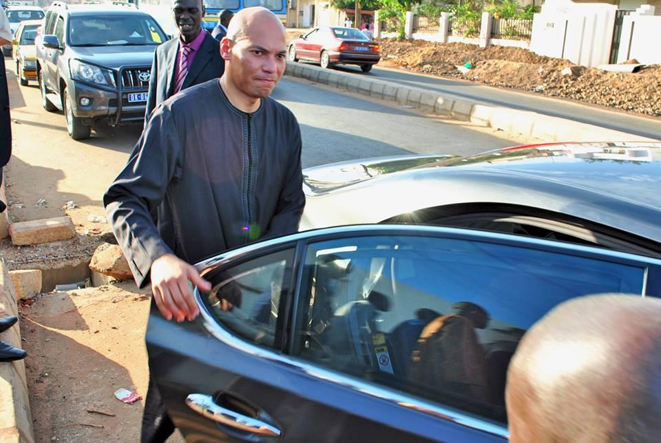 """Direct verdict, le juge déclare """"illicites"""" les voitures et biens de Karim Wade"""