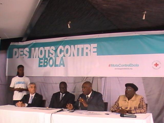 """Ebola-un an après: 370 délégués, 4553 volontaires restent """"vigilants"""""""