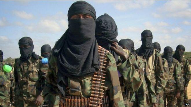 En direct: des hommes armés attaquent l'université de Garissa au Kenya