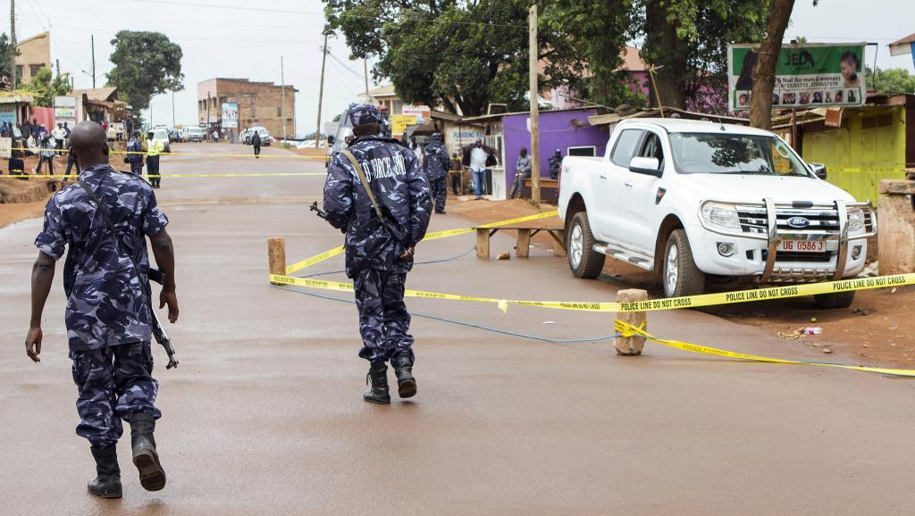 L'endroit où la procureure Joan Kagezi a été tuée par des hommes à moto, le 31 mars 2015 dans la banlieue de Kampala.