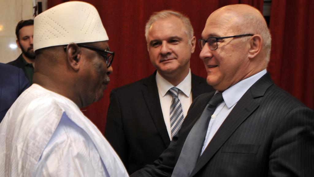 Au Mali, la France efface une dette monétaire de 65 millions d'euros
