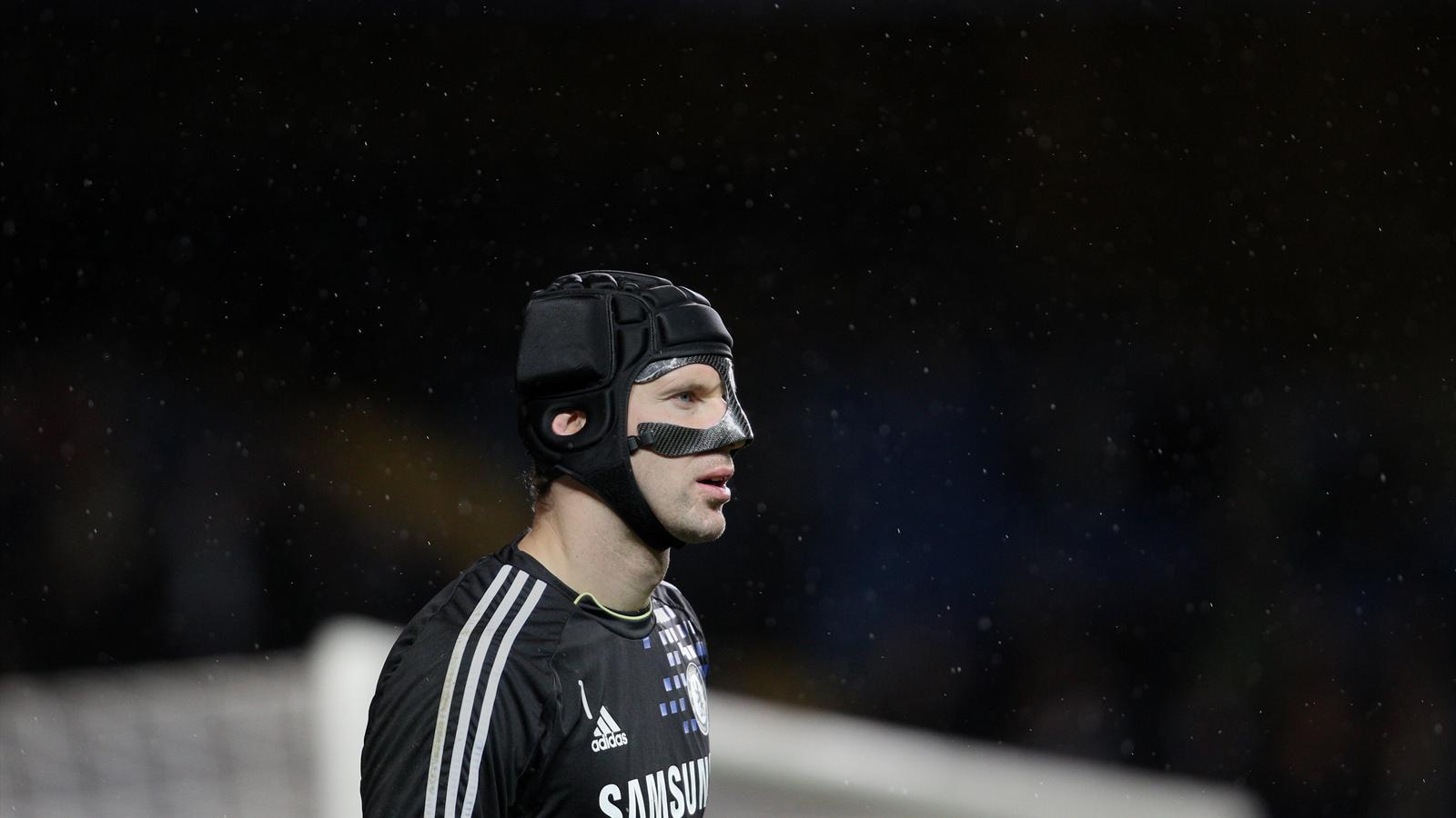 Mercato - PSG : Les 5 raisons pour lesquelles Petr Cech serait le parfait successeur de Sirigu