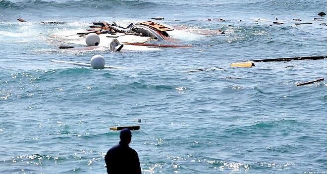"""Migrants: Hollande exhorte l'Europe à """"aller beaucoup plus loin"""""""