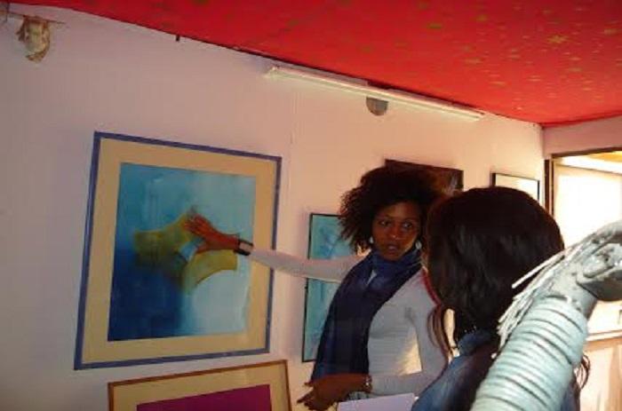 Caroline Guèye: quand la physique et la peinture se retrouvent