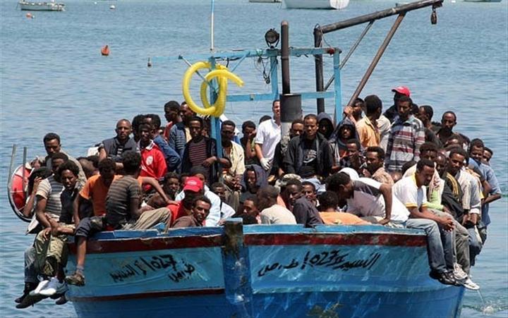 """Emigration clandestine : Destination """"Le Paradis"""",  par ici """"L'Enfer"""" !"""