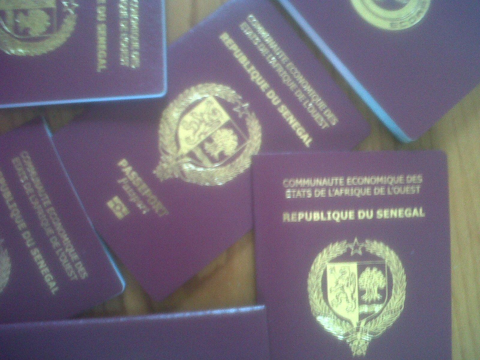 Macky, la famille de feu Djily Mbaye et les passeports