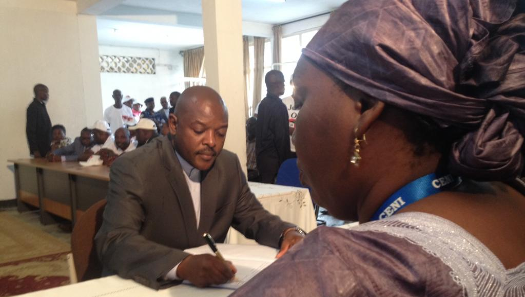 Burundi: Pierre Nkurunziza dépose sa candidature pour un 3e mandat