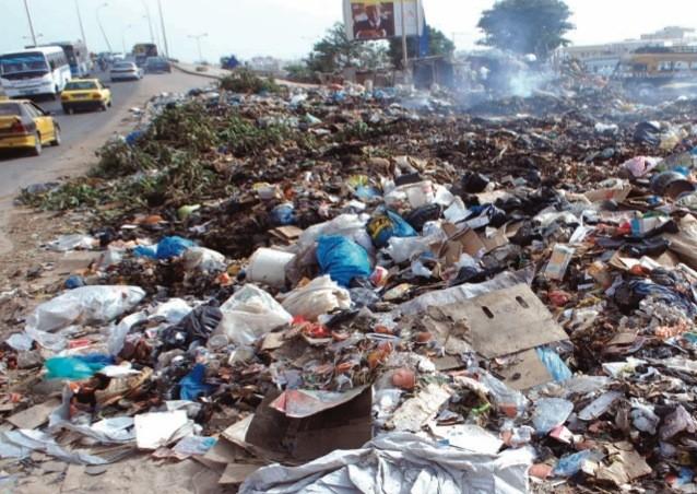 Risque de bombe écologique: les camionneurs boudent les ordures