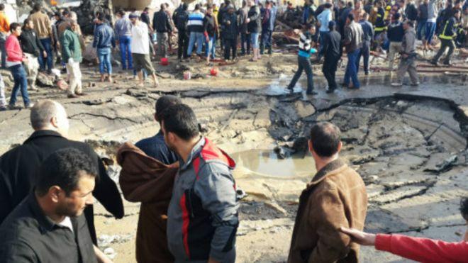 Impact d'une attaque à la bombe dans le Sinaï