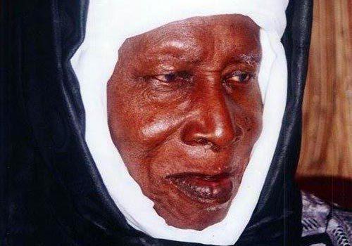 Le khalife général des Layènes formule des prières pour Idrissa Seck