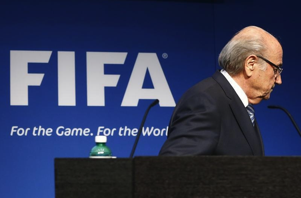 FIFA : Une enquête ouverte contre Blatter