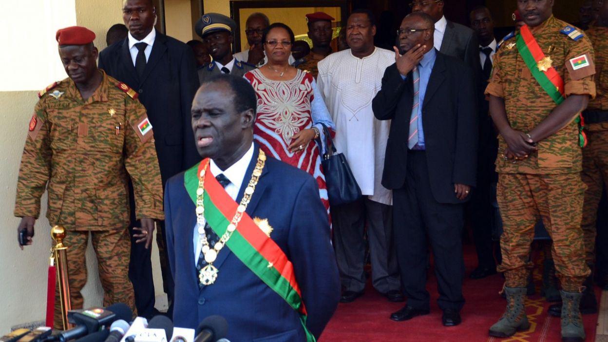 Burkina : démission obligatoire pour tout militaire voulant faire de la politique (loi)