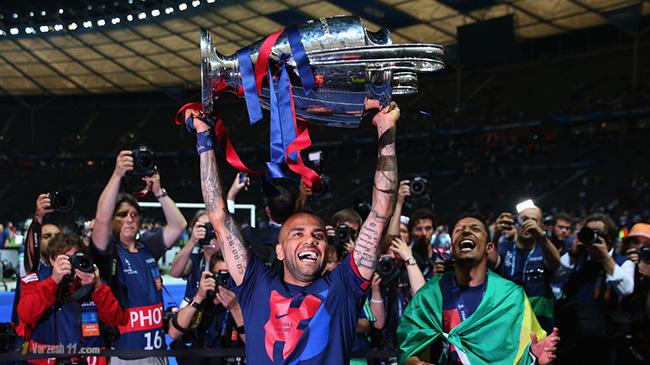 Transfert : Daniel Alves reste au FC Barcelone !