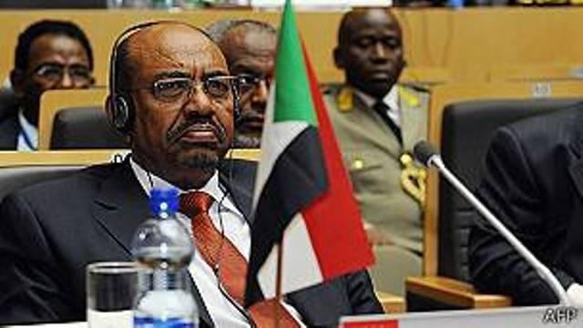 La Cour pénale internationale (CPI) a appelé les autorités sud-africaines à arrêter le président soudanais Omar el-Béchir qui assiste à Johannesburg à un sommet de l'Union africaine.