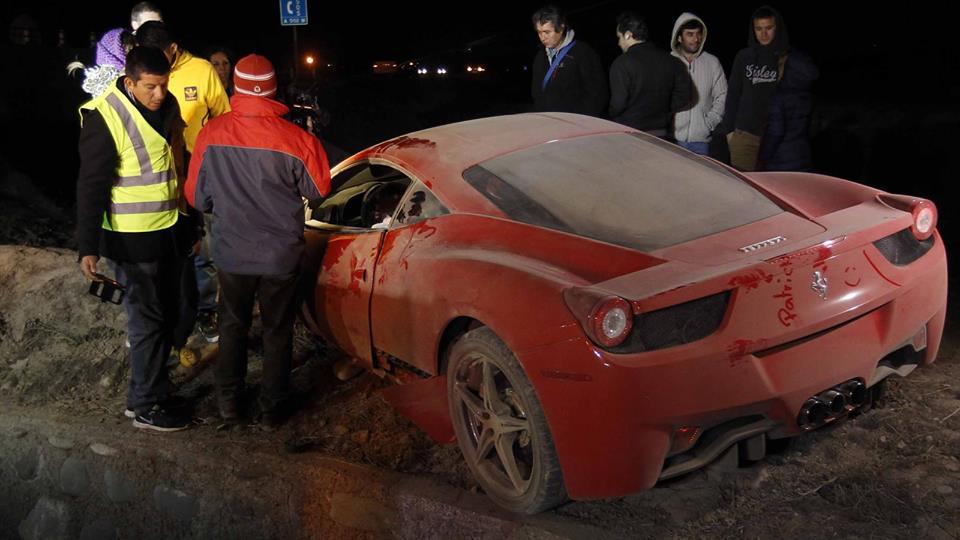 Copa America : Ivre, Arturo Vidal détruit sa Ferrari et passe la nuit au commissariat