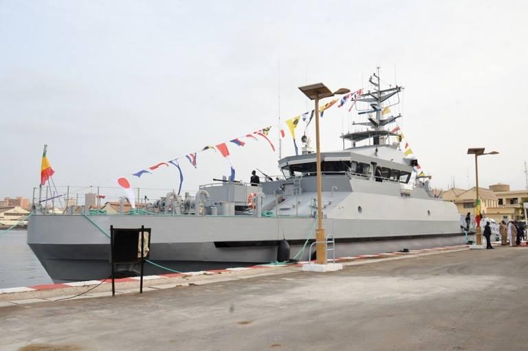 """Surveillance maritime : L'armée étrenne un nouveau navire, le """"Kédougou"""""""
