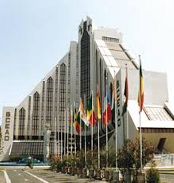 Le DG de la BCEAO sur l'affaire Thione Seck: «Laisser la justice mener ses activités »