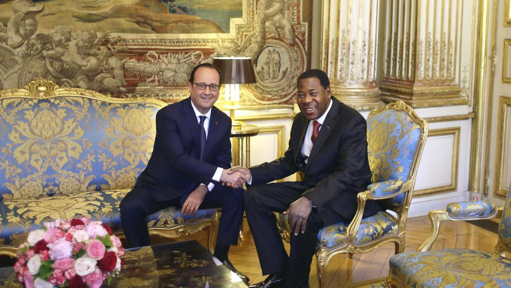 Le président du Bénin, Thomas Boni Yayi était en visite en France, le 9 juin 2015, où il a été reçu par François Hollande. AFP PHOTO / POOL / THIBAULT CAMUS
