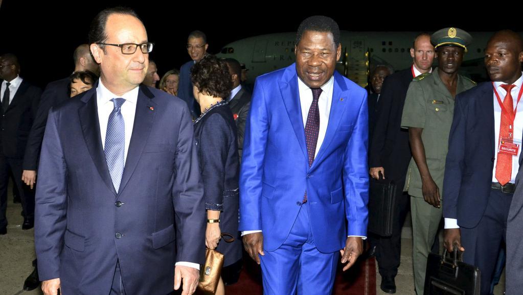 Boni Yayi, président du Bénin, et François Hollande, son homologue français, à Cotonou ce jeudi 2 juillet. REUTERS/Charles Placide Tossou