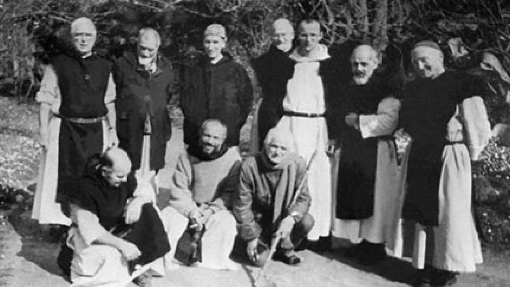 Les moines trappistes du monastère de Tibéhirine dans l'Atlas algérien.