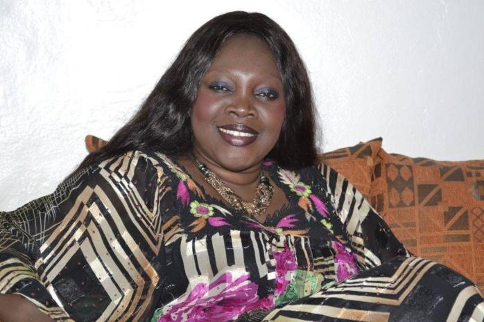 """Ndella Madior Diouf : """" Vers un bourrage massif des urnes pour réélire Macky Sall dès le premier tour """""""