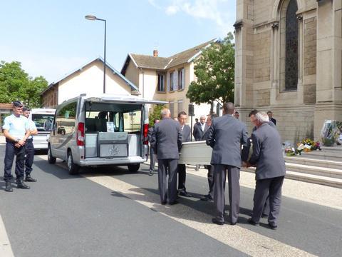 Attentat en Isère: Dernier hommage à Hervé Cornara, victime de la «barbarie terroriste »