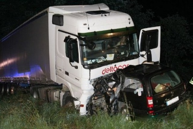 Accident de circulation : la collision entre le véhicule du maire de Payar et un camion fait 2 morts