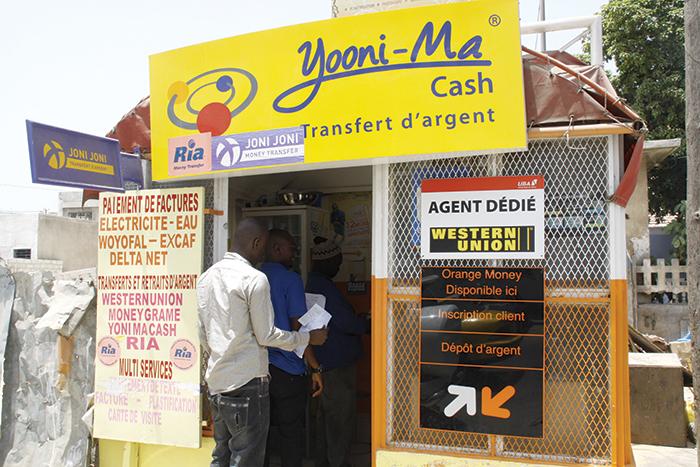 Transfert d'argent : les émigrés ont envoyé 842 milliards FCFA en 2014