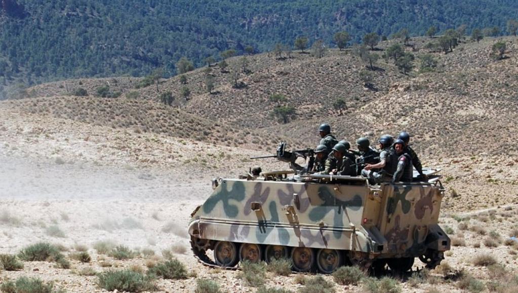Mourad Gharsalli était l'un des dirigeants de la Katiba Okba Ibn Nafaa, qui a revendiqué de nombreux attentats à la frontière algérienne. Photo: opération de l'armée tunisienne dans la région du mont Chaambi. AFP PHOTO/ABDERRAZEK KHLIFI