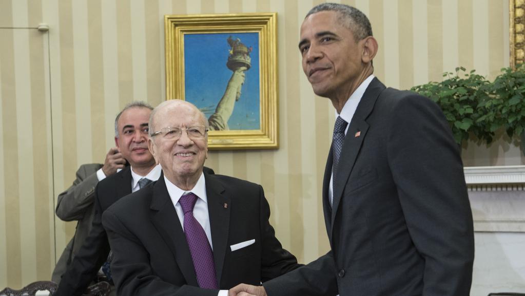 Le président tunisien Béji Caïd Essebsi avec Barack Obama à Washington, le 21 mai 2015. AFP PHOTO/NICHOLAS KAMM