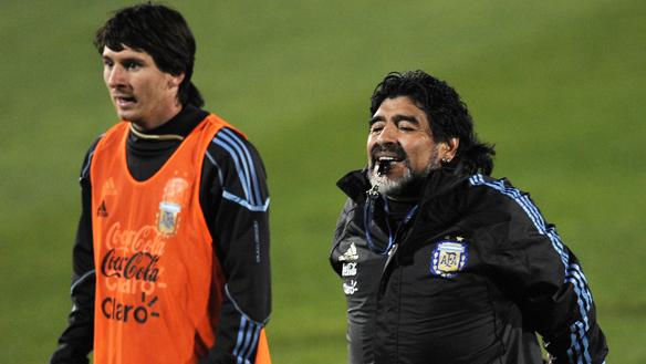 Maradona: «Messi doit être traité comme tous les autres joueurs »
