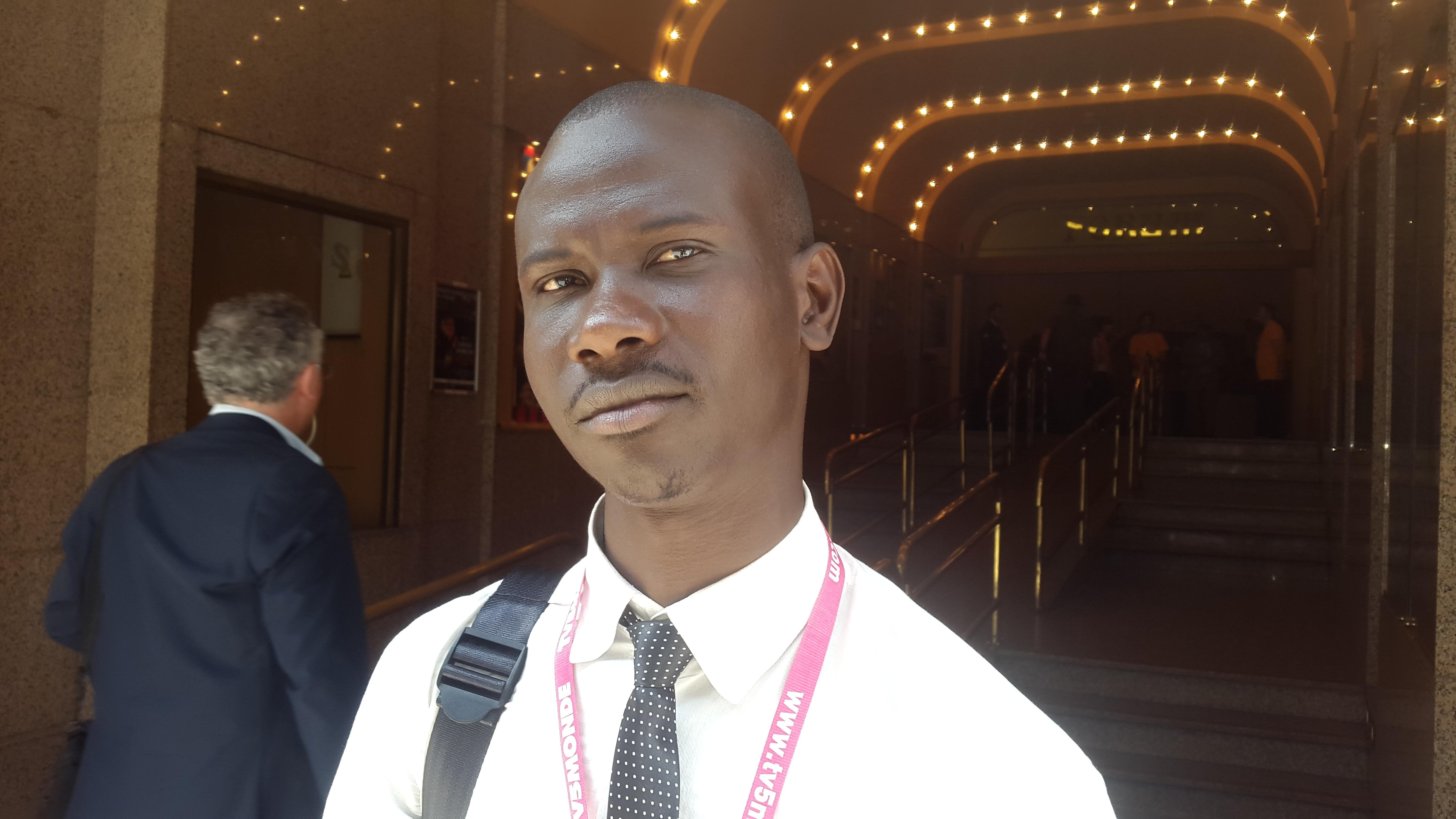 """Ibrahima Mbar FAYE, Rappeur, Slameur promoteur du projet """"Litté-rap-pure"""" présenté à Liège au #FMLF2015"""