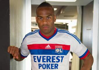 Transfert : Officiel - Jimmy Briand rejoint Guingamp