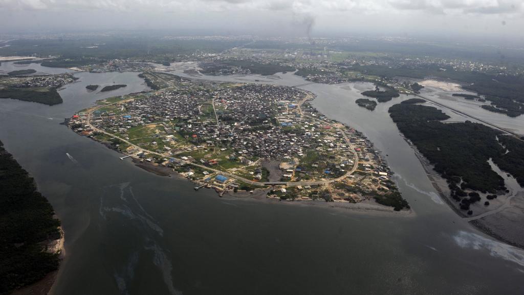 Le delta du Niger est dévasté depuis des décennies par des pollutions liées à l'extraction de pétrole. AFP PHOTO / PIUS UTOMI EKPEI