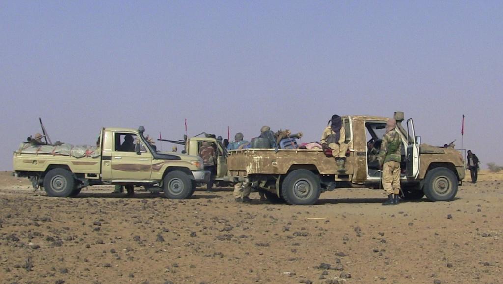 Véhicules rebelles dans le nord du Mali en février 2015. REUTERS/Souleymane Ag Anara