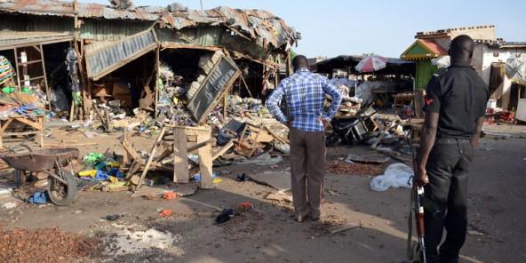 Les stands du marché de Maiduguri après une attaque de Boko Haram, le 22 juin 2015. © AFP