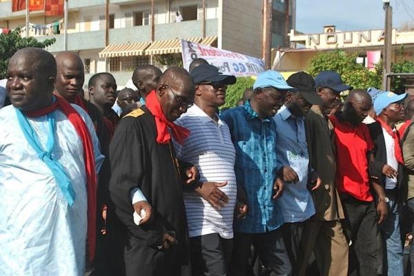 Urgent - le décès de Doudou Ndiaye Rose fait reculer le FPDR qui annule sa marche (Porte-parole)