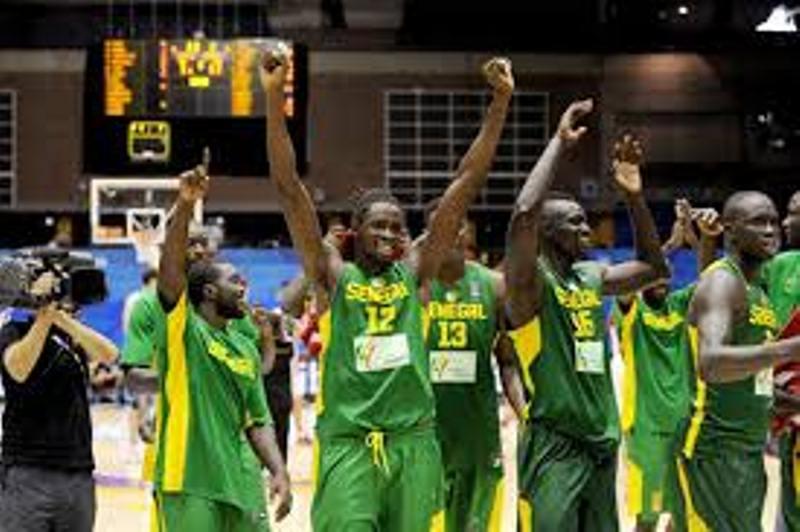 """Afrobasket 2015 - Sénégal vs Angola (74-73): les """"Lions"""" au forceps"""