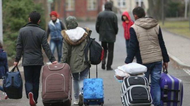 Allemagne : un gymnase incendié à Nauen