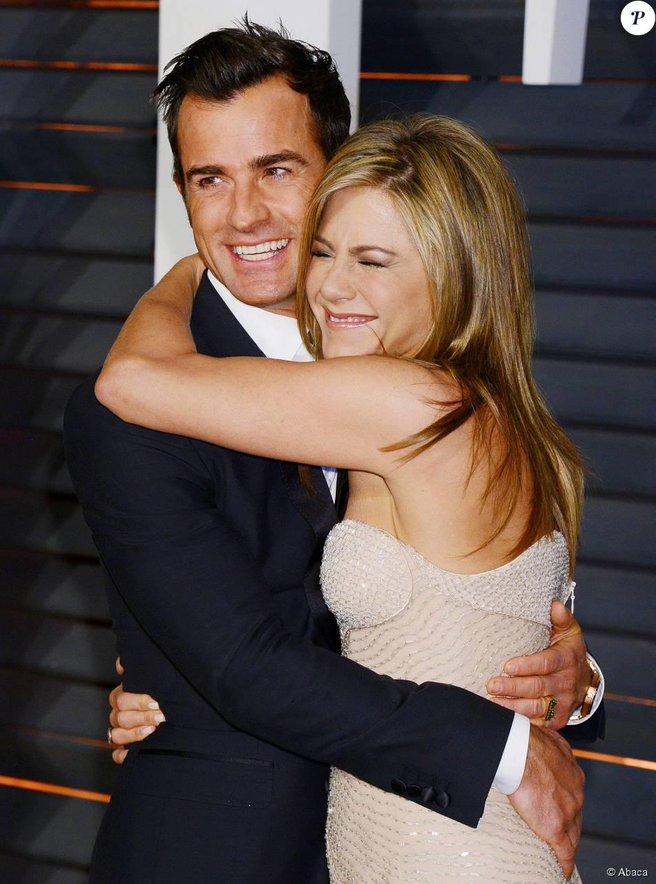 """Justin Theroux, marié à Jennifer Aniston, se sent """"différent"""" et """"très heureux"""""""