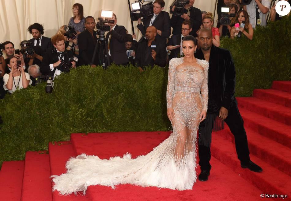 Kim Kardashian et Kanye West : Un joli chèque contre leur vidéo privée