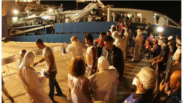 200 migrants meurent au large de la Libye