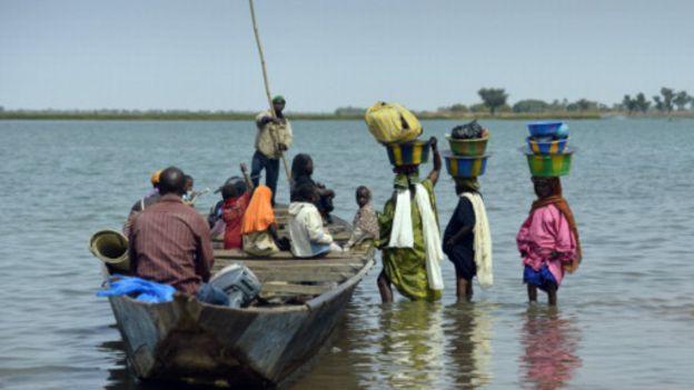 Naufrage : près de vingt morts au Mali