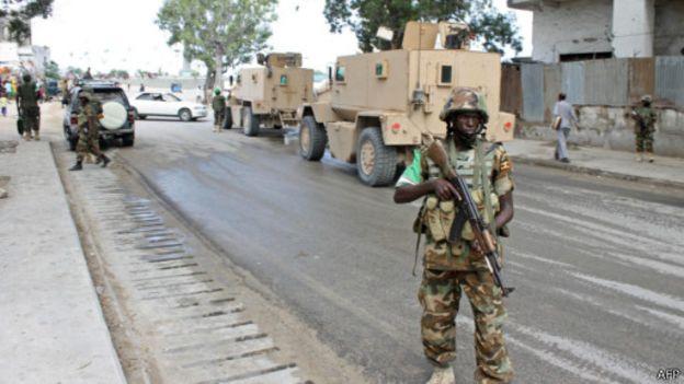 """Somalie : """"des militaires en otage"""""""
