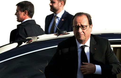 """Hollande juge """"nécessaires"""" des frappes françaises contre l'EI en Syrie"""