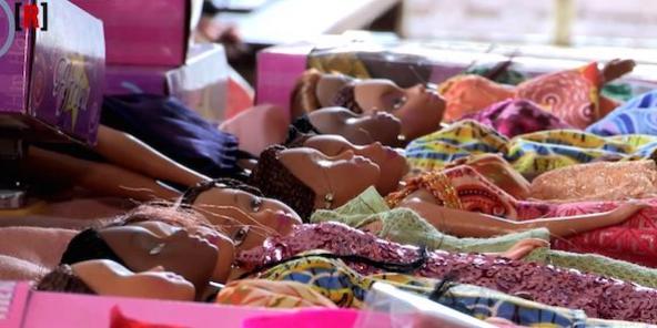 Ces poupées noires que le Nigeria s'arrache