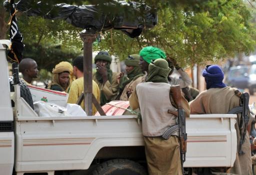 Mali: deux groupes jihadistes à l'assaut du Centre et du Sud