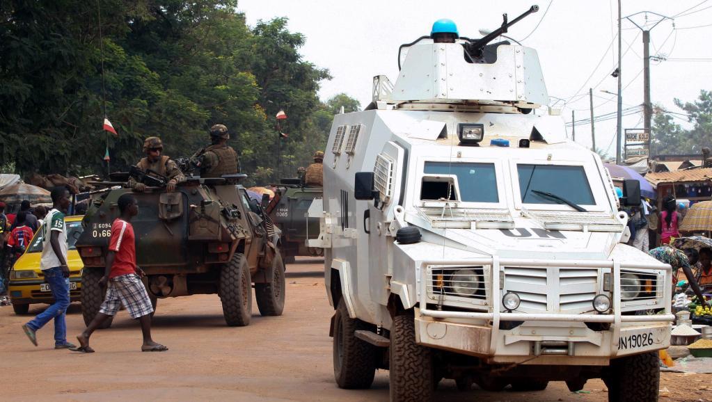 Officiellement, la situation est gérée par la police de la Minusca. Mais des éléments de Sangaris sont également présents. AFP PHOTO / EDOUARD DROPSY