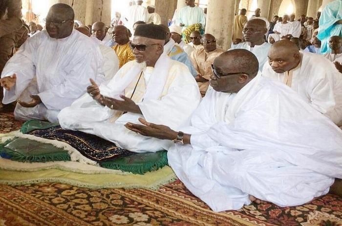 Touba : le Khalife des Mourides raisonne les jeunes Mbacké-Mbacké.